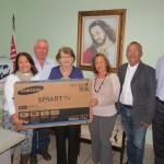 Hospital Nosso Lar entrega primeiro prêmio da Ação Fraterna Entre Amigos